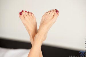 rebel-lynn-nubiles-feet-11