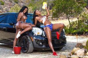 kelly-twins-wet-hot-american-girls-4