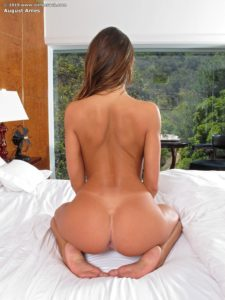 august-ames-inthecrack-gallery-5-8