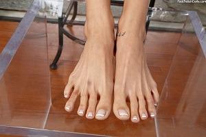The beautiful toes of Amanda Tate.