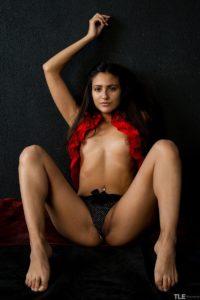 cira-nerri-foot-porn-7