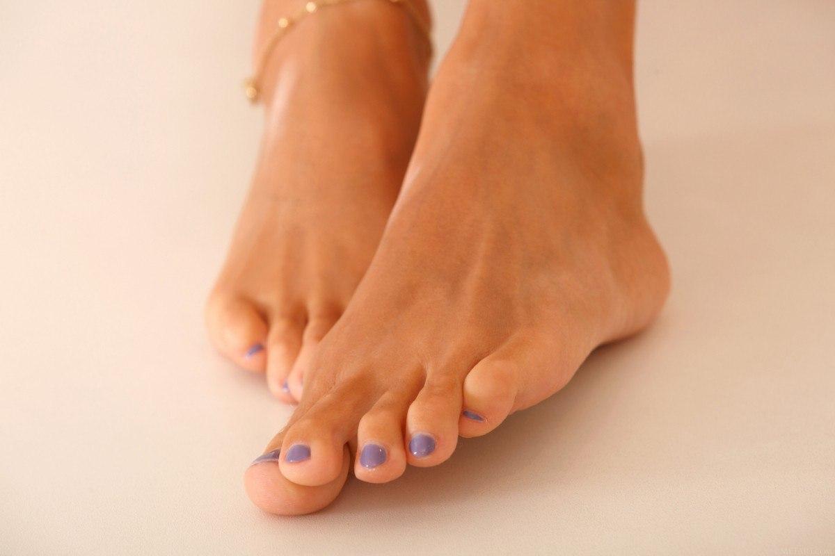 Katya Clover Feet