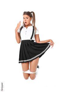 melena-suka-black-skirt